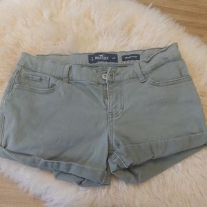 Hollister mid rise green shorts